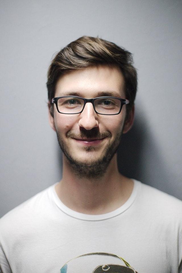 Stefan, 27